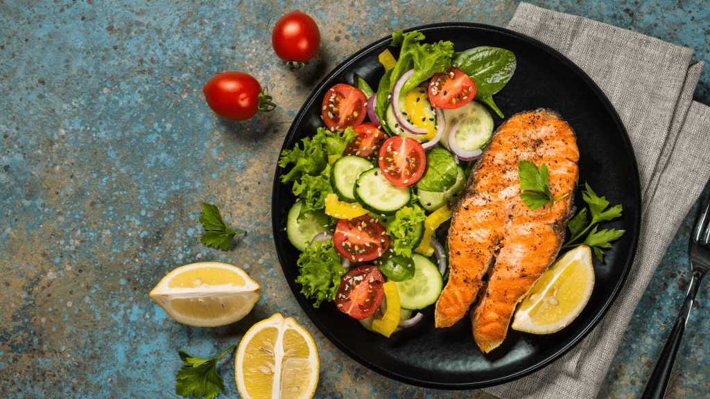 Here are 6 ideas for dinner that helps you lose weight. Of course, you can change them anyway you like to suit your tastes.