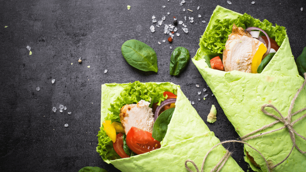 Today I propose a simple, healthy, vegan, and fast recipe: Homemade wraps with spinach, avocado, carrots, and zucchini.