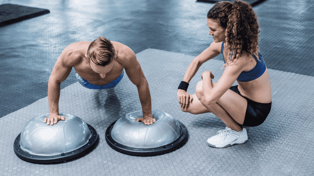 Today, in episode 9 of the Tabata training series, I'm going to bring you to a new 9-minute fat-blasting routine that's going to get your heart racing and get you pumped for your day.